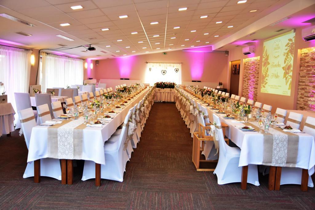martin hotel bystrička svadba snov bystricka svadobne priestory svadobna vyzdoba miestnosť na svadby obrad vonku von