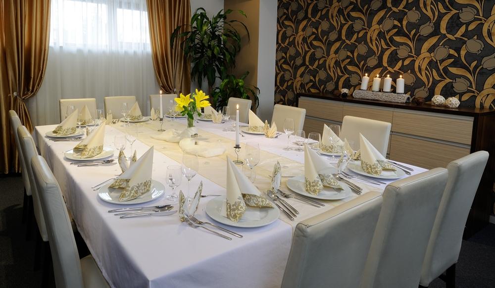 salonik oslavy oslava hotel bystricka martin romanticka večera